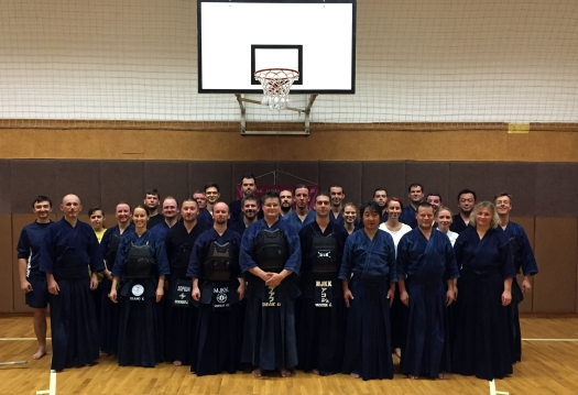 7_MJKK_kendo_group